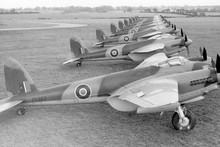 The de Havilland Mosquito and the heavy bombers