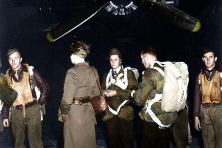 Colouring the War – An OSS Jedburgh Team Ready for Departure