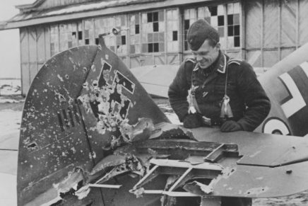 60 Alarmstart: German Fighter Pilots in Europe
